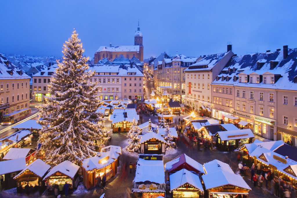 snowy-christmas-market-in-bavaria-germany-1024x6821