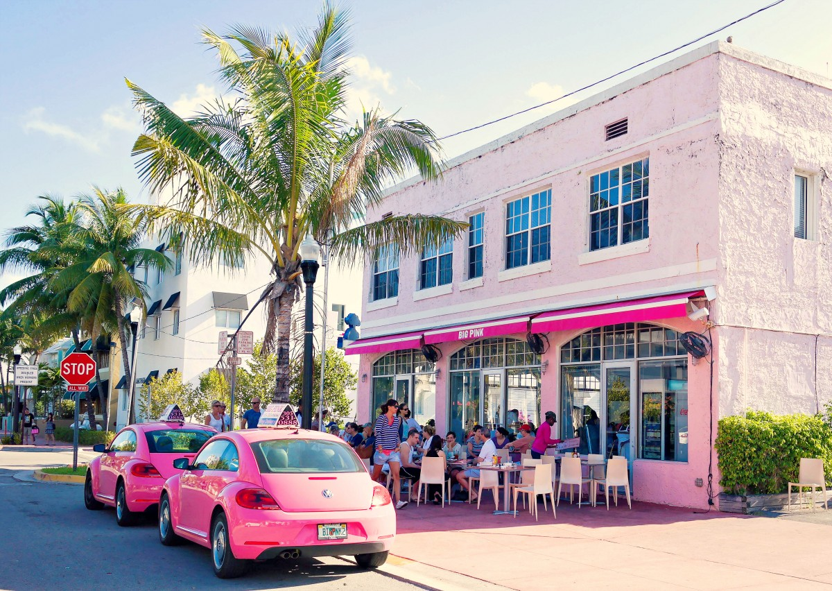 Big_Pink_(Miami_Beach)-2