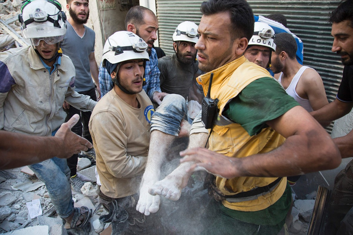 white-helmets-article